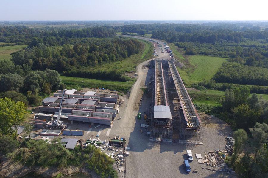 Izgradnja međunarodnog mosta Svilaj preko rijeke Save